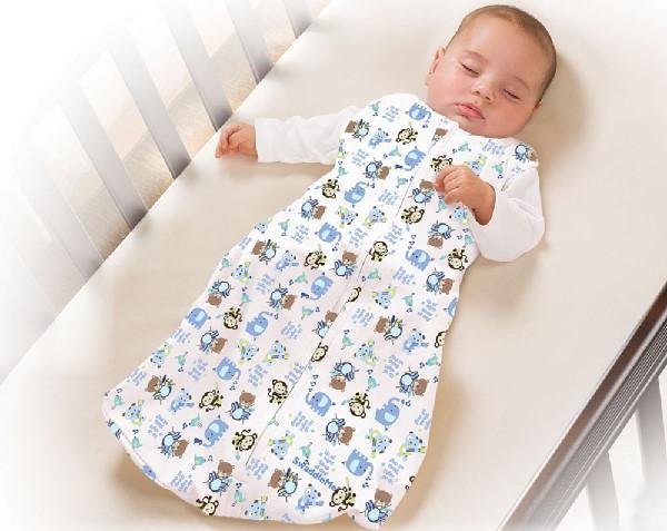 Tập thói quen ngủ đúng cách cho trẻ giúp hạn chế tình trạng vẹo xương sống